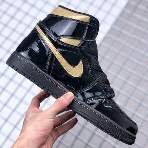 Air Jordan 1 patent leather black gold